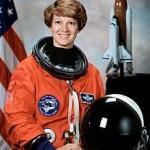 220px-Commander_Eileen_Collins_-_GPN-2000-001177